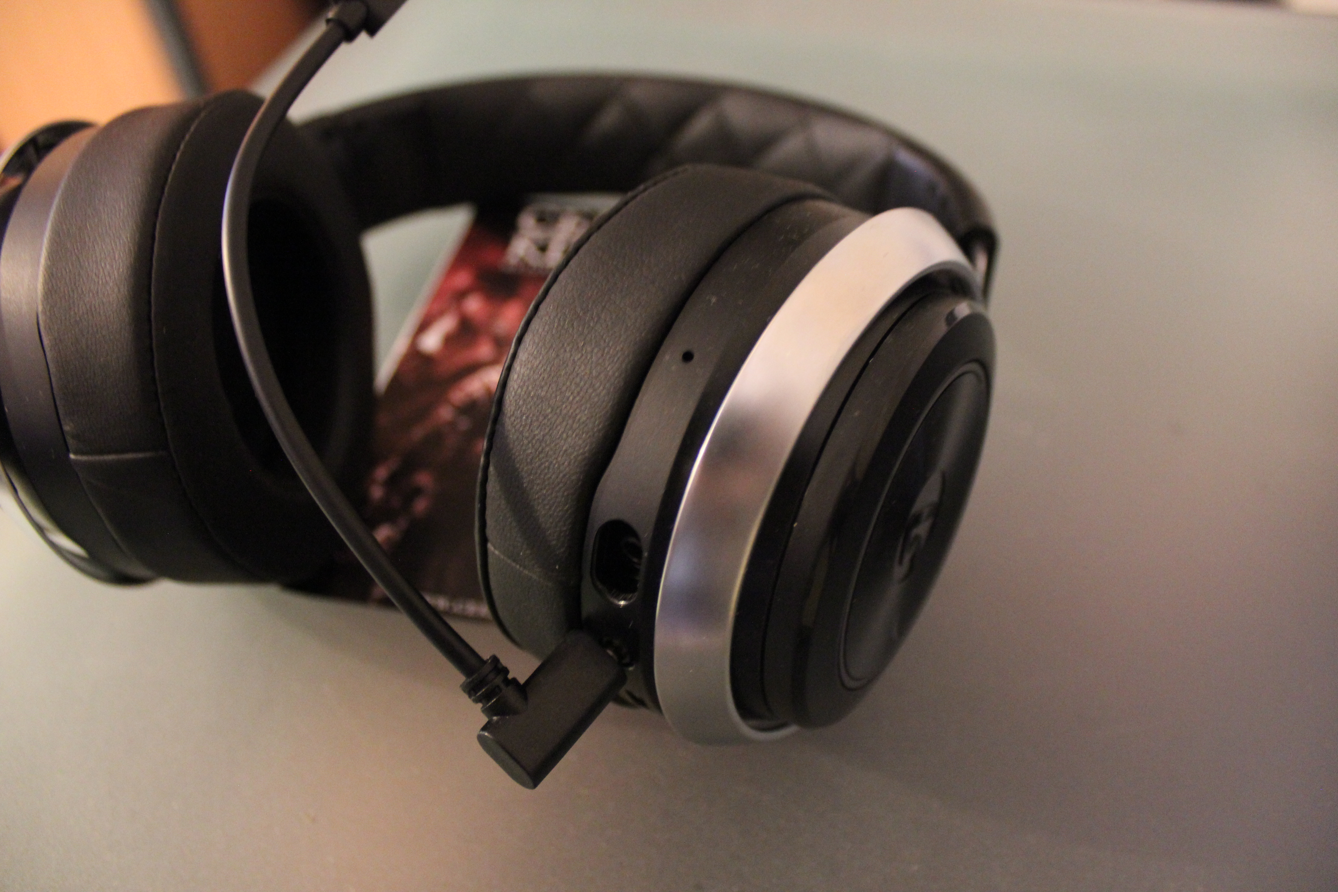lucid sound ls30 wireless gaming im headset test. Black Bedroom Furniture Sets. Home Design Ideas