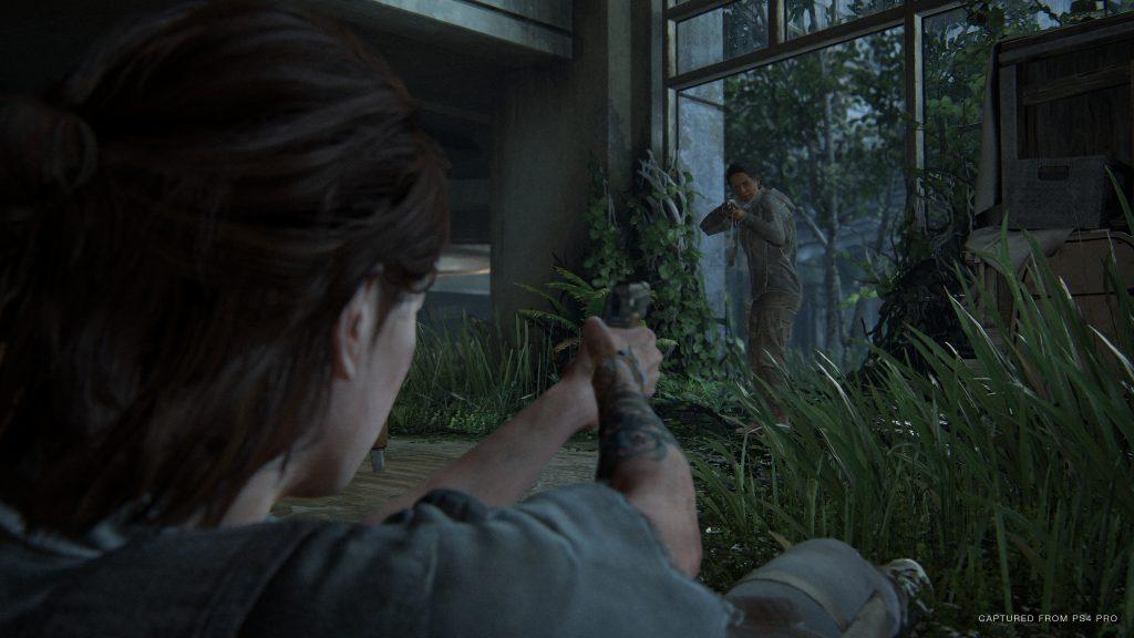 Ellie The Last of Us Part 2 liegend