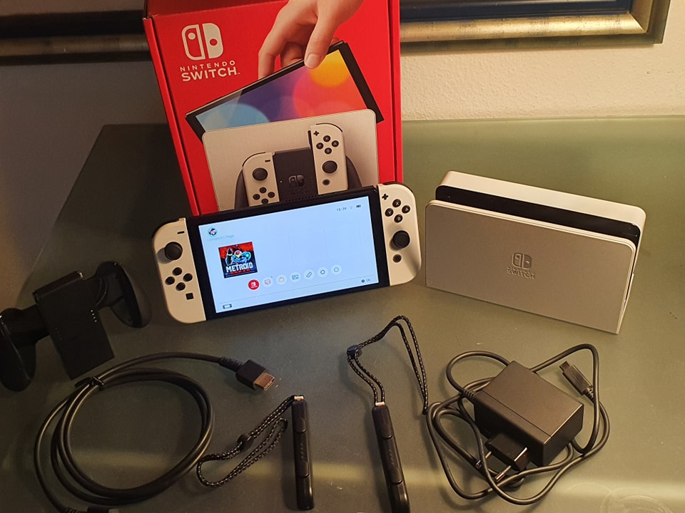 Lieferumfang Nintendo Switch OLED